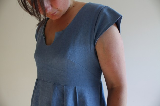 Blogging about Dressmaking and a Linen Washi Dress